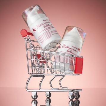 Купить косметику в интернет магазине с доставкой